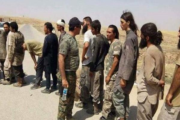 Syria: Hơn 100 kẻ khủng bố IS được lực lượng do Mỹ hậu thuẫn bất ngờ phóng thích